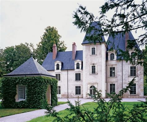 french chateau homes trend