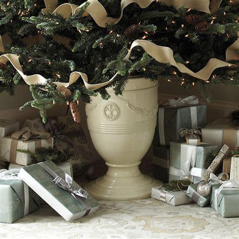 toulon christmas tree urn traditional christmas tree