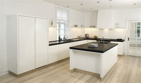 high gloss kitchen designs high gloss white kitchen with table in the middle