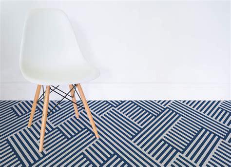 abstract pattern vinyl flooring vertigo atrafloor