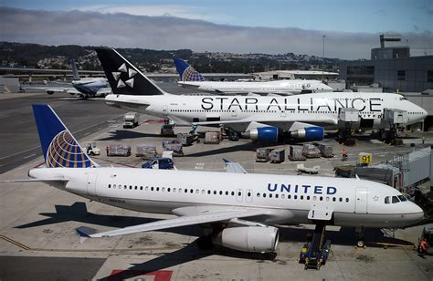 united flight united airlines prevents security analyst from boarding