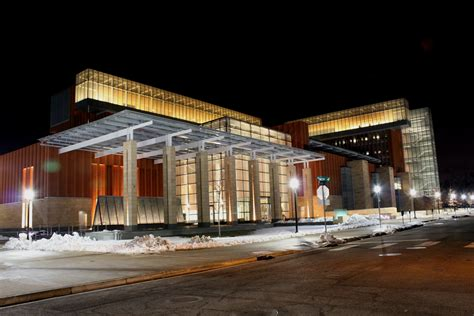 Of Wisconsin Ranking Mba by File Ross School Of Business Building Of