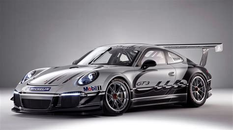 porsche race cars 2013 porsche 911 gt3 cup race car unveiled ahead of debut