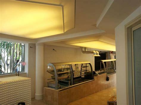soffitto teso prezzi foto soffitto teso barrisol bar hotel vittoria pompei