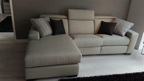 divani doimo divano doimo salotti modello marvin tessuto scontato