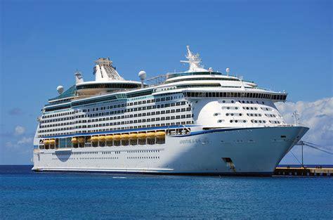 royal caribbean cruises propulsion problem forces royal caribbean cruise ship to change itinerary