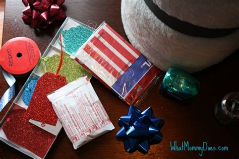 Does Redbox Take Gift Cards - cute redbox neighbor christmas gift idea what mommy does