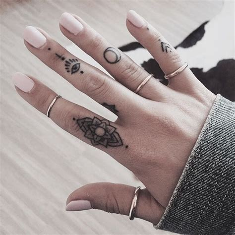 tattoo hand pinterest best 25 hand tattoos ideas on pinterest finger tattoos