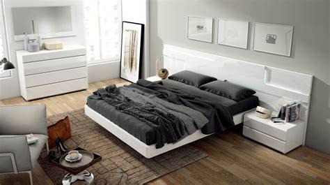 sara modern italian bedroom set  star modern furniture