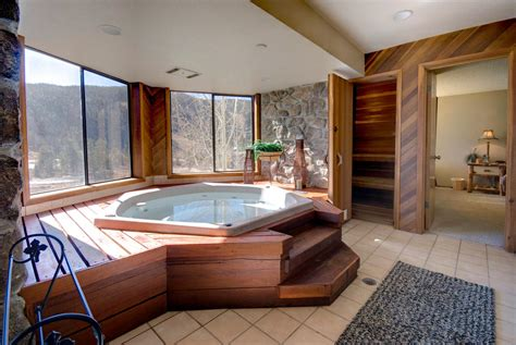 Tub Rooms by Keystone Lodging Colorado Seymour Lodging