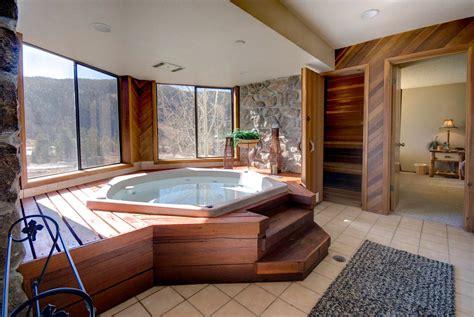 tub rooms keystone lodging colorado seymour lodging