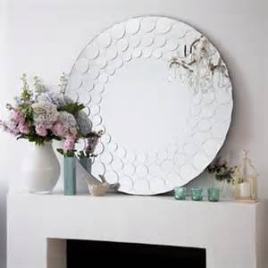 meg made creations decorating with mirrors 30