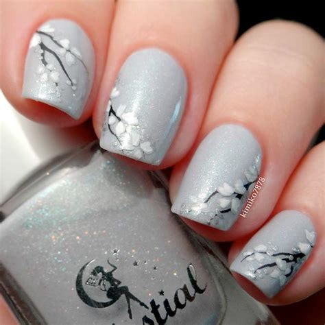 light grey nail 27 grey nails ideas to fall in with naildesignsjournal