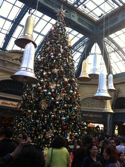 17 best images about bellagio conservatory christmas trees