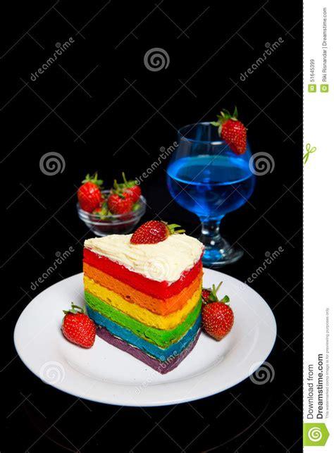 billig kuchen backen indonesischer lebensmittel regenbogen kuchen stockbild