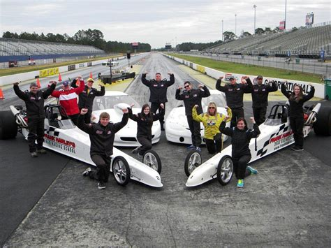 racing school frank hawley s drag racing school makes west coast home at