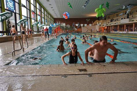 Main Door foto album zwembaddagen 2011 zwevegem