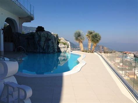 hotel elisabetta lettere piscina esterna picture of hotel ristorante elisabetta