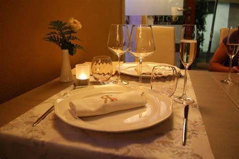 tavola apparecchiata romantica ristorante romantico di rapallo