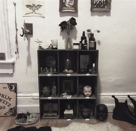 Creepy Home Decor by 1000 Ideas About Creepy Home Decor On Home