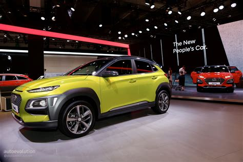 hyundai crossover black hyundai kona shows other crossovers how it s done at iaa