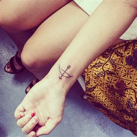 small bow tattoo on wrist collection of 25 sweet bow on wrist