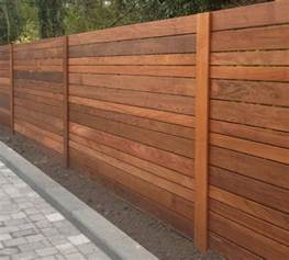 Small Backyard Garden Designs Pictures - best 25 horizontal fence ideas on pinterest backyard fences fence ideas and privacy fences