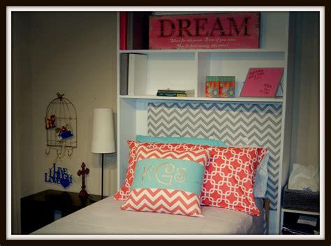 monograms the ultimate dorm room design avad fan 320 best dorm room ideas for alexis images on pinterest