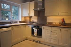 wickes kitchen cabinets review kitchen glencoe cashmere kitchen wickes co uk