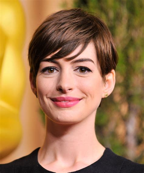 Anne Hathaway Hairstyles for 2018   Celebrity Hairstyles
