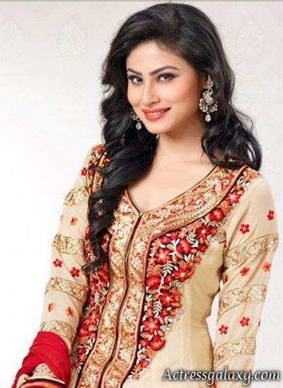 mouna ragam heroine real photos nagini serial actress shivanya mouni roy pinterest