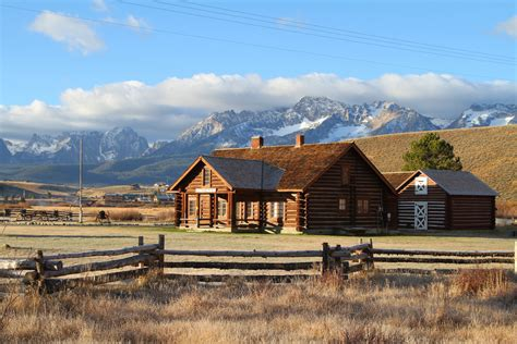 11 of the most beautiful historic cabins in idaho