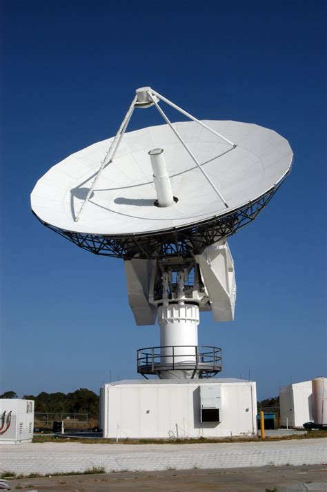 file c band radar dish antenna jpg wikimedia commons