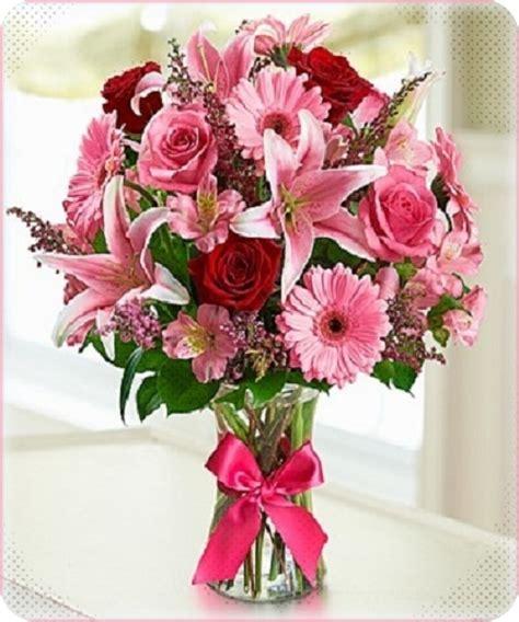 imagenes de arreglos de rosas hermosas en escritorio de oficina fotos ramos de flores hermosas para compartir ver