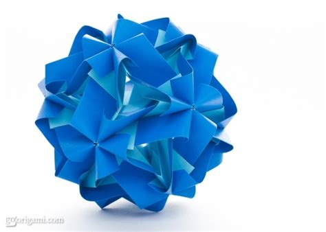 Modular Origami Models - tropos kusudama by miyuki kawamura go origami