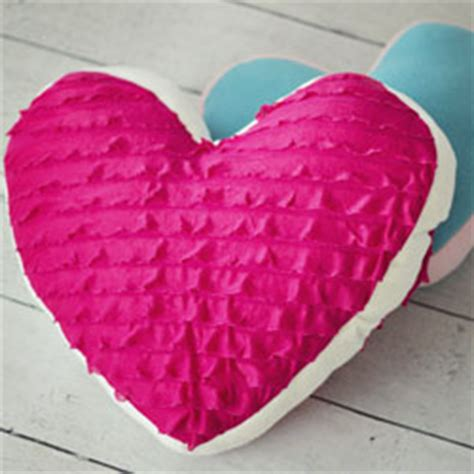 pattern for heart shaped pillow heart shaped pillow sewing projects burdastyle com