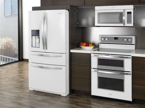 kitchen designs with white appliances white kitchen cabinets with white appliances tips and