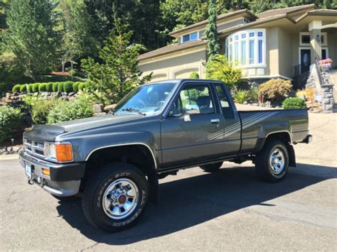 how petrol cars work 1989 toyota truck xtracab sr5 parental controls 1987 toyota xtracab 5 speed 4x4 2 door pickup w 132k miles for sale toyota other 22r 4x4