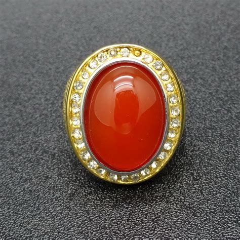 Batu Merah Siem Merah Siam batu mustika merah siam siem paling uh dunia pusaka sakti