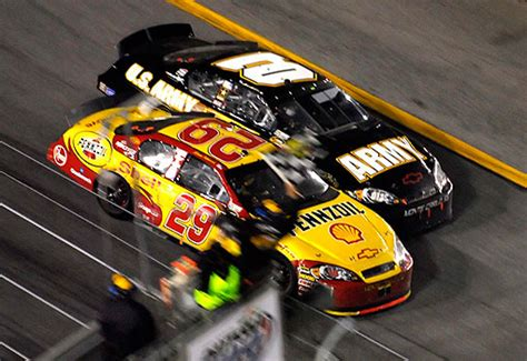 Kevin Harvick Wins Daytona 500 by 2007 Daytona 500