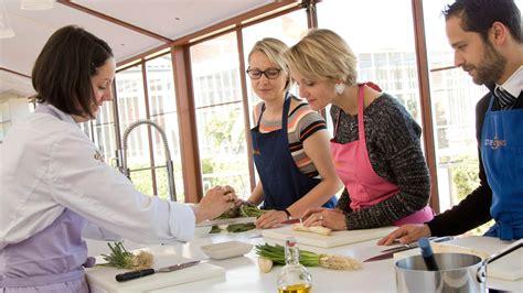 cours de cuisine var cours de cuisine bordeaux bouliac ecole