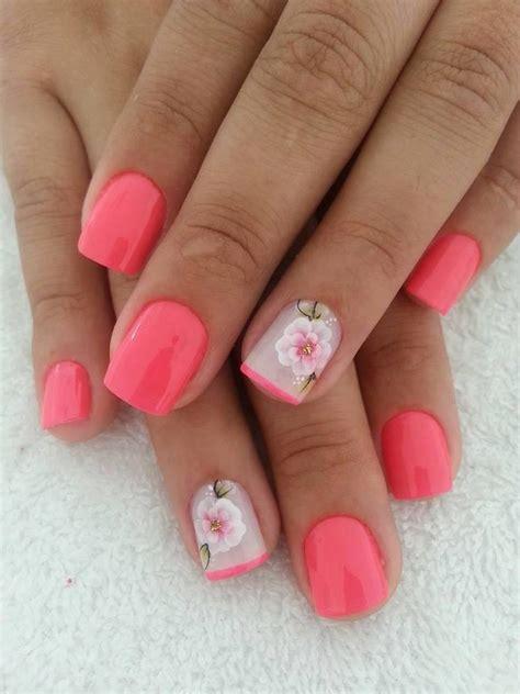 Buat Manicure inspirasi percantik kuku dengan gel pilihan buat pernikahan thewedding id