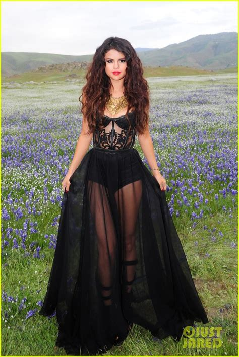 Dress Selena Ready selena gomez come get it shoot pics photo 2866554 selena gomez pictures just jared