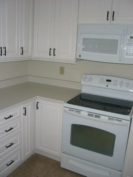baby proofing kitchen cabinets a primary checklist for baby proofing your kitchen