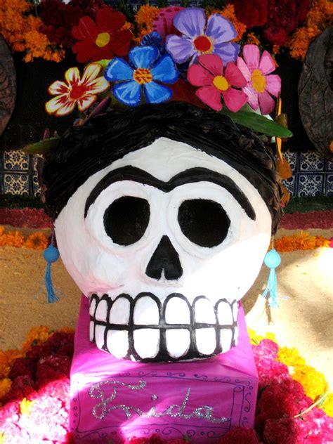 imagenes de calavera frida kahlo calavera frida by cerridwendoll on deviantart