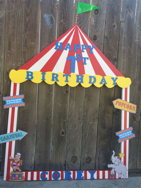 Circus Tent Decorations by 25 Best Ideas About Circus Decorations On