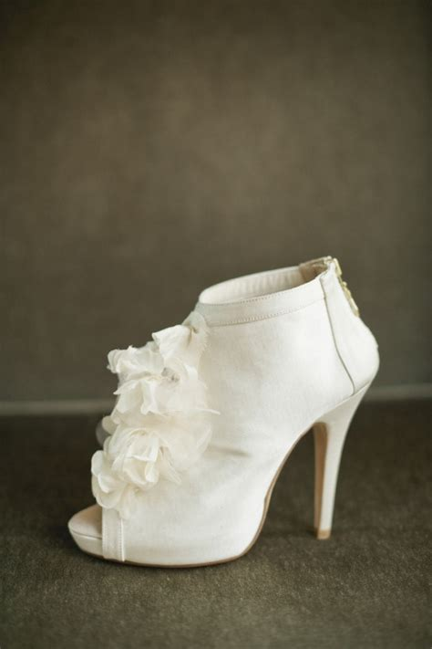Unique Wedding Shoes For by Shoe Obsessed Brides Get These Cool And Unique Wedding