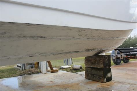 boat bottom paint flaking diy bottom paint removal the hull truth boating and