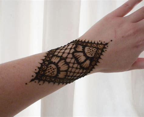 henna lace tattoo henna lace flower gauntlet by flowerwills on deviantart