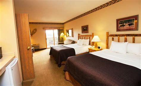 great wolf rooms great wolf lodge grand mound compare deals
